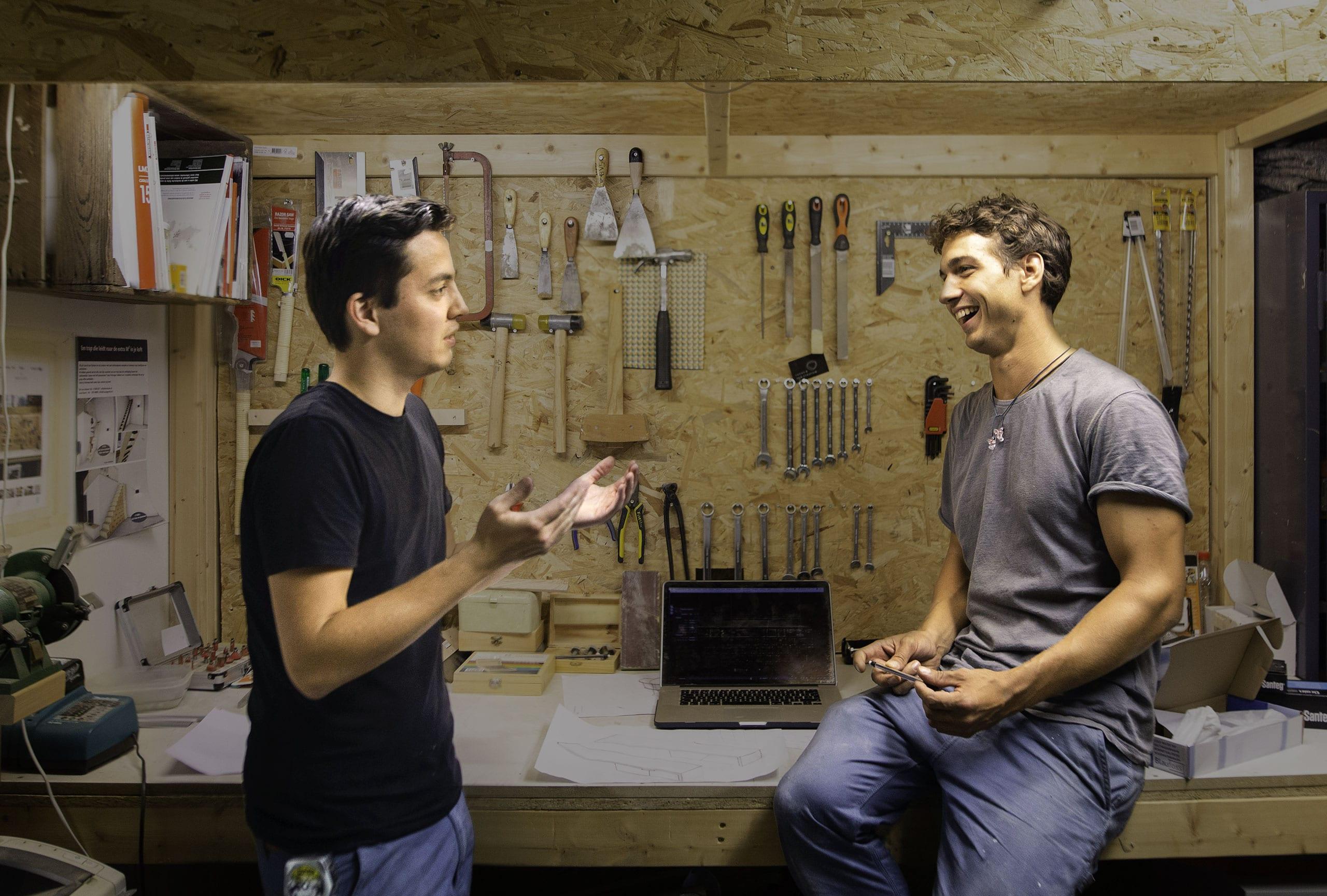 contact-lucas-van-stratum-ontwerpend-meubelmakers-eindhoven