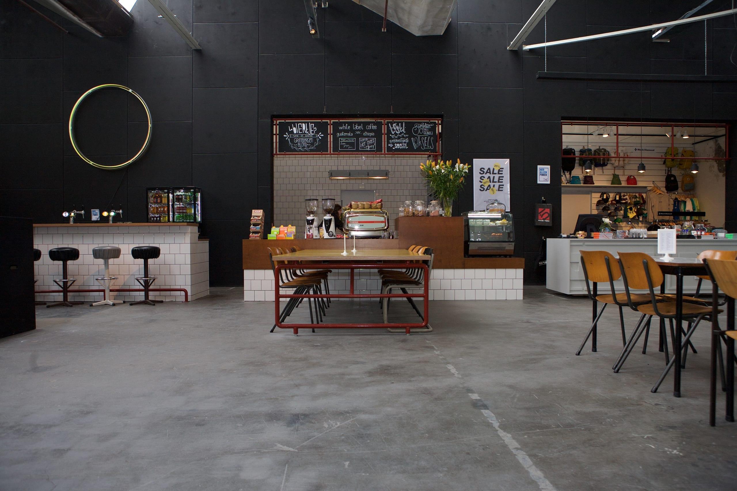 lucas-en-van-stratum-ontwerpen-meubelmakers-eindhoven